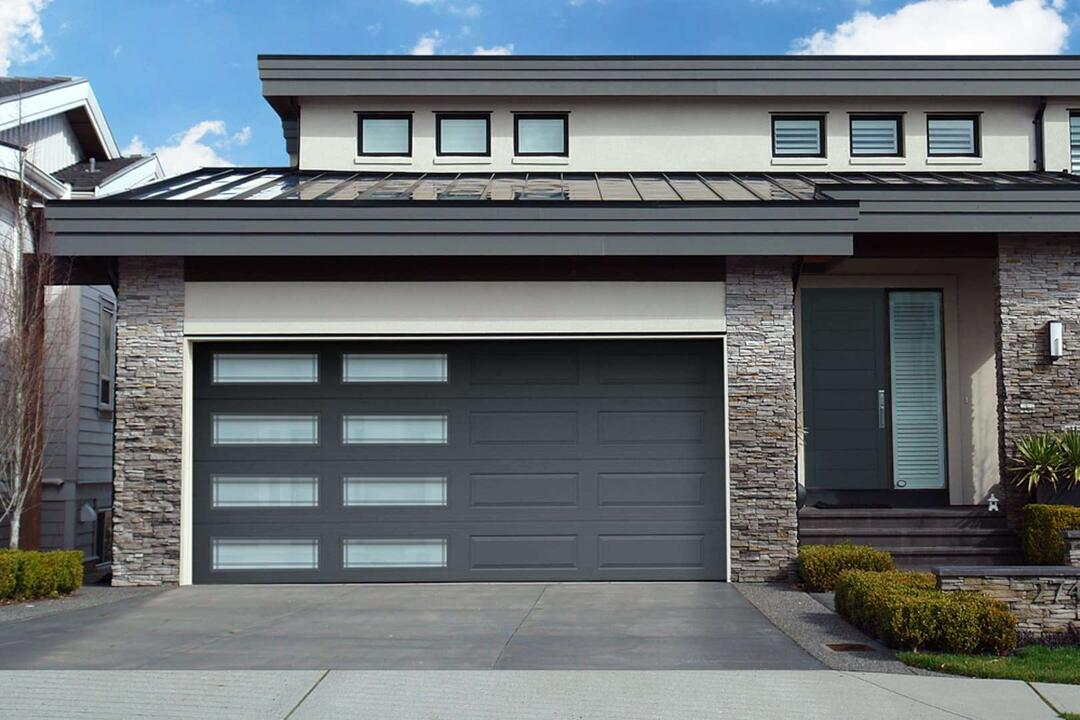 residential garage door installation Youngstown, Ohio